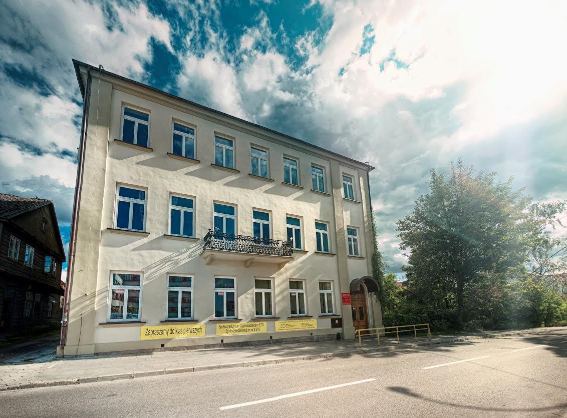 Konkurs Poliglota Drewniany Dom I Kuchnia Molekularna